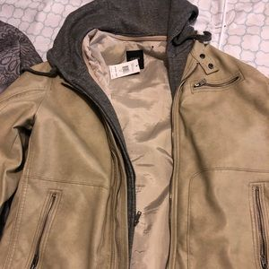 Guess size XL mens tan leather bomber gray hood